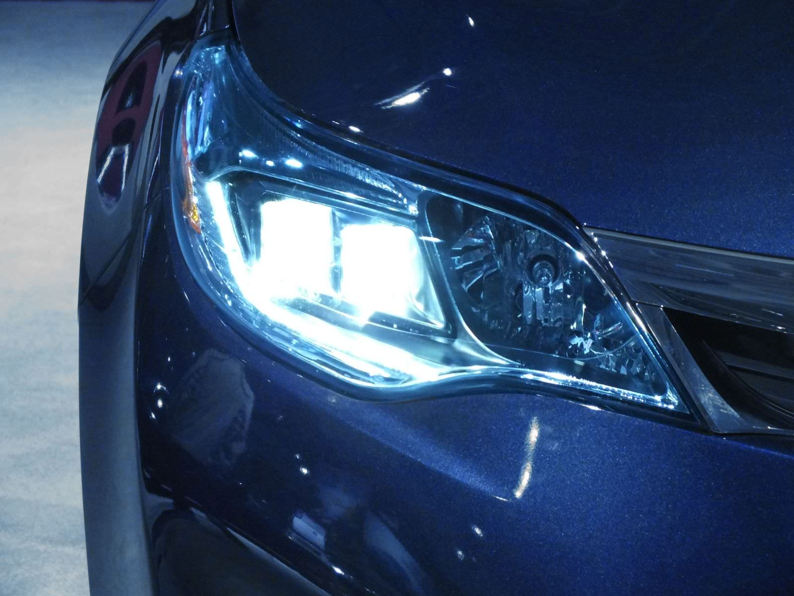 Are On Your Headlights : Xenon hid the buying and fitting guide powerbulbs