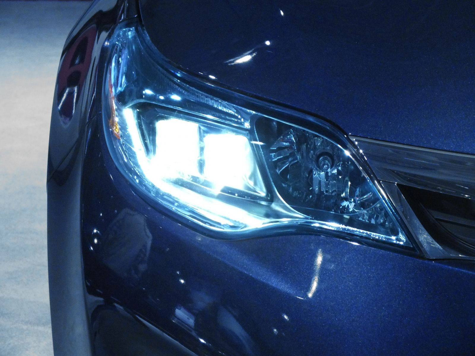 Best Car Warranty >> What Are Xenon Headlights? | PowerBulbs