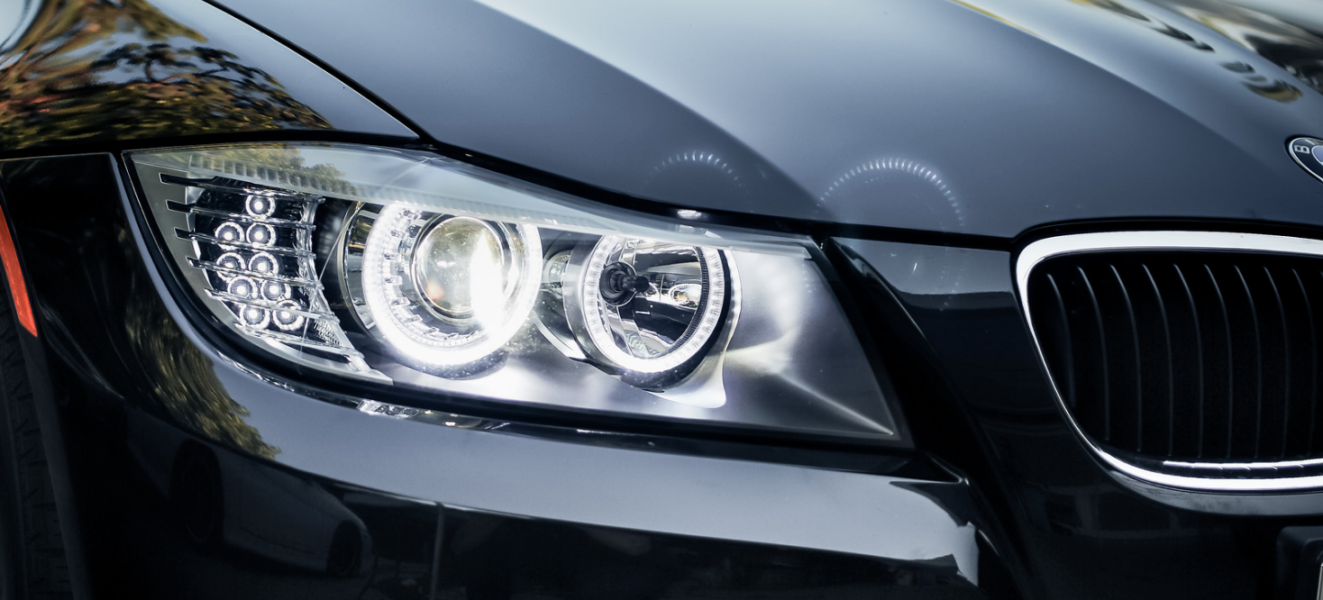Projector Vs  Reflector Headlights: Which Is Best? | PowerBulbs