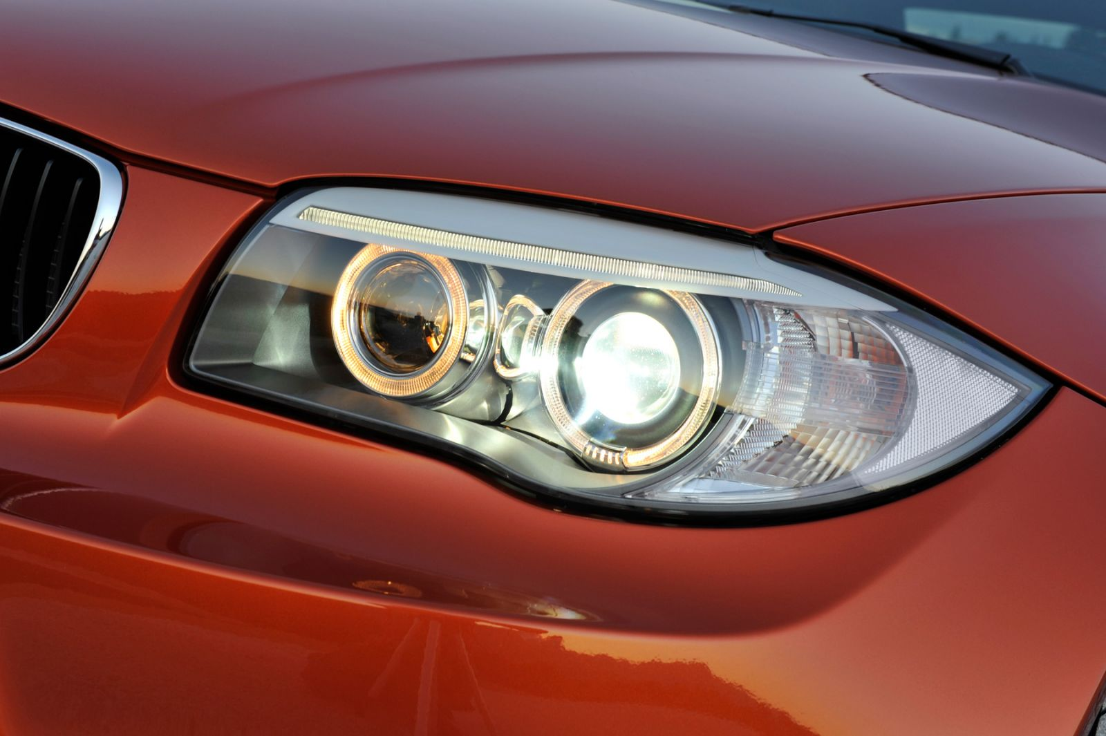What Is The Difference Between Xenon Hid Car Bulbs And Xenon Gas Filled Car Bulbs Powerbulbs